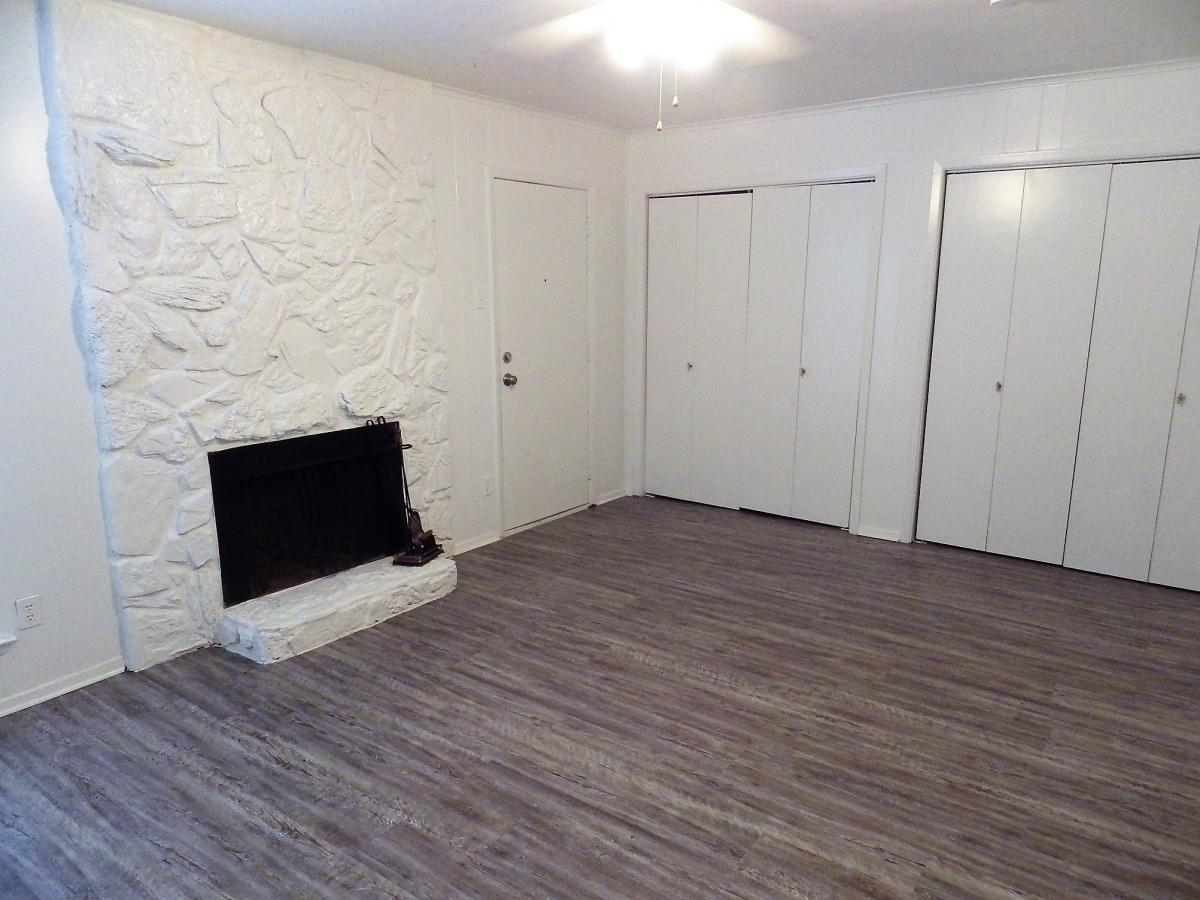 Family room or 3rd bedroom